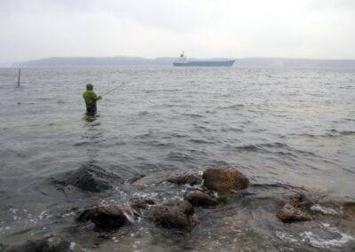 Boot voraus: Begegnungen beim Küstenangeln